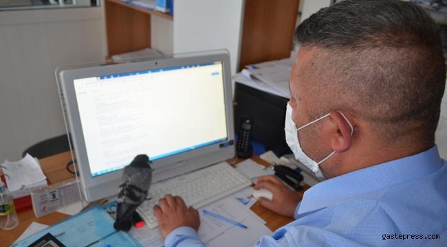Kayseri Bünyan'da Yavru Güvercini Belediye Personeli Büyütüyor!