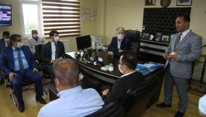 Sivas Belediye Başkanı Hilmi Bilgin Mezarlık İşleri Personeliyle Bir Araya Geldi
