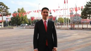 TOKİ, Kayseri'de 18.067 adet konut yapmış ve yapmaya devam etmektedir.