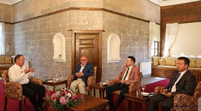 """AK Parti Genel Başkan Yardımcısı Mehmet Özhaseki, """"Niçin AK Parti ve MHP erken seçime gitsin ki?"""""""