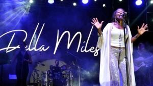 Della Miles'ten Ayasofya açıklaması!