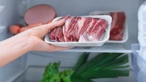 Dondurulmuş kurban eti nasıl çözülür? Sıcak suya koyulur mu?