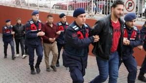 El Nusra davasında Suriyeli kardeşlere 6'şar yıl 3'er ay hapis!