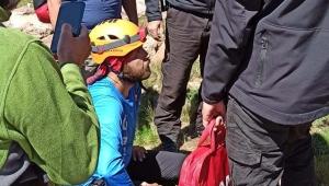 Erciyes'te mahsur kalan dağcıyı JAK timi kurtardı