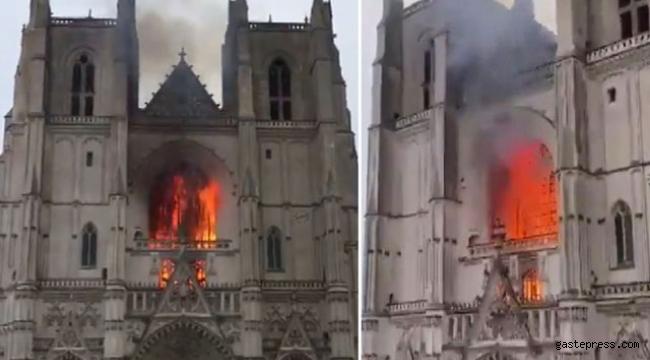 Fransa'da Nantes Katedrali'nde yangın!