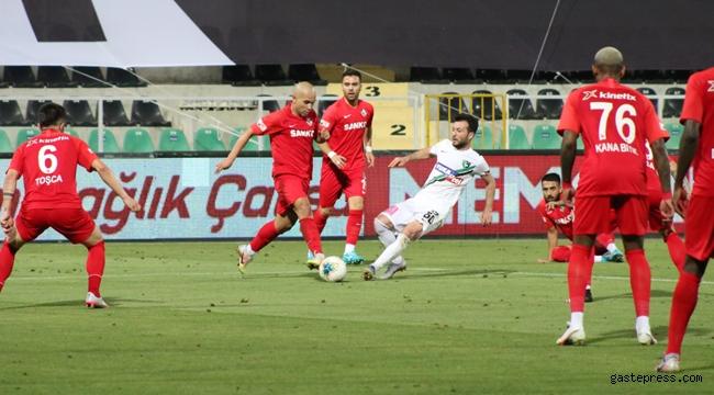 Gaziantep FK, Yukatel Denizlispor'u tek golle geçti ve rahatladı!