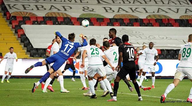 Gaziantep, İttifak Holding Konyaspor'u ateşe attı!