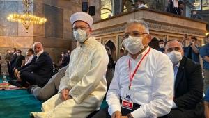 Kayseri Büyükşehir Belediye Başkanı Memduh Büyükkılıç, Ayasofya Camii'nde!