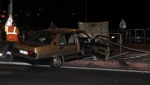 Kayseri'de iki otomobil çarpıştı: 4 yaralı!