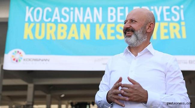 Kayseri Kocasinan Belediye Başkanı Ahmet Çolak Bayrakdar, Kurban Kesim Yerinde!