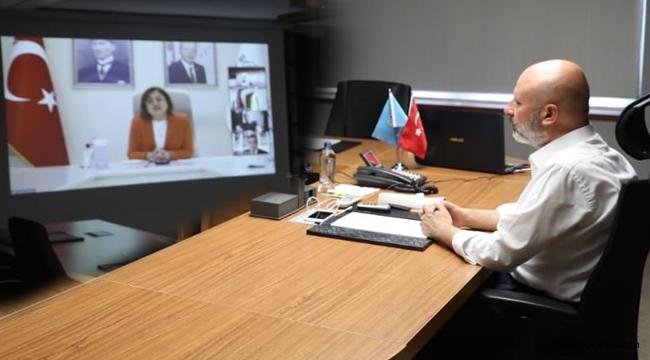 Kayseri Kocasinan'da Başkan Çolakbayrakdar, Telekonferans ile TBB Toplantısına Katıldı!