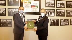 Konya Büyükşehir Belediye Başkanı Altay Pakistan'ın Ankara Büyükelçisini Ziyaret Etti!