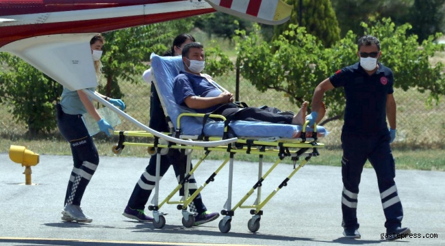 Motorlu testereyle omzunu kesti, ambulans helikopterle hastaneye götürüldü