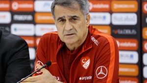 Şenol Güneş: Türk futboluna katkı sağlamayacak bir karar!