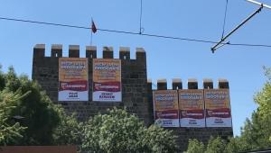 Tarihi Kayseri Kalesi'nde ligde kalma teşekkürü