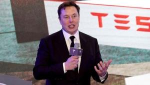 Elon Musk Neuralink çipini tanıttı! İnsan beynine takılacak!
