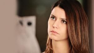 Güzel oyuncu Beren Saat mayolu halini paylaştı binlerce beğeni yağdı!