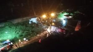 Hindistan'da uçak kazası meydana geldi! Çok sayıda ölü ve yaralı var!