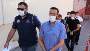 Kayseri'de DEAŞ şüphelisi 3 kişi adliyeye getirildi!