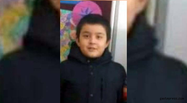 Üzerine demir kapı düşen 7 yaşındaki Cebrail, hayatını kaybetti!