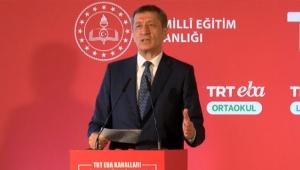 Bakan Selçuk: Uzaktan eğitimde dünyadaki 3-5 ülkeden bir tanesi Türkiye!
