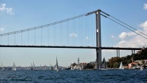 İstanbul Boğazı'nda Yelken Şöleni!