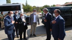 Kayseri Büyükşehir Belediye Başkanı Memduh Büyükkılıç Ak Parti Felahiye İlçe Kongresi'ne Katıldı!