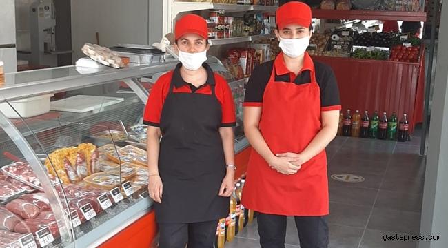 Kayseri'de Üniversiteli Kadın Kasaplar Erkeklere Taş Çıkartıyor!