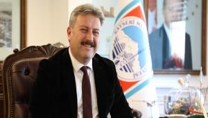 Kayseri Melikgazi Belediye Başkanı Palancıoğlu, Kayserili sporcu Turgay Bayram'ı tebrik etti!