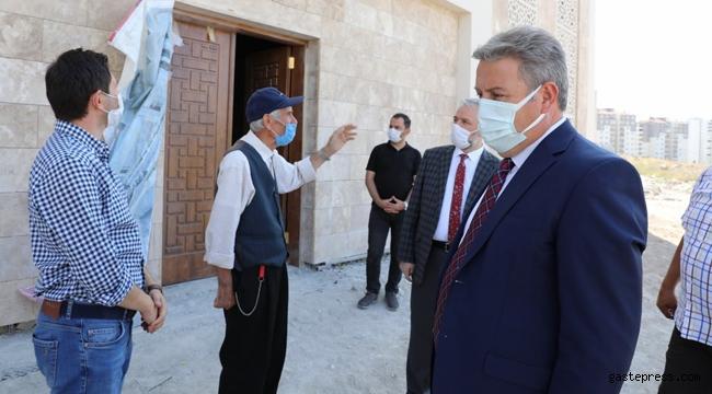 Kayseri Melikgazi'de Başkan Palancıoğlu; Hamdi Şanlıünal Camisi inşaat alanında incelemelerde bulundu!