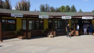 Malatya Belediyesi'nin ''Üretici Pazarı' Projesi vatandaştan tam not aldı!