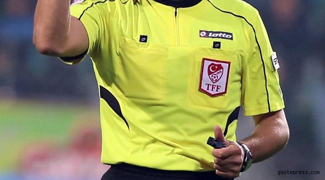 Pazar günü oynanacak olan Galatasaray - Fenerbahçe derbisinin hakemi belli oldu!