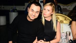 Şarkıcı Serdar Ortaç eski eşi Chloe Loughnan'ın nafakasını ödeyemedi!