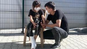 Yunan askeri, 8 yaşındaki Suriyeli Gazin'i plastik mermiyle vurdu!