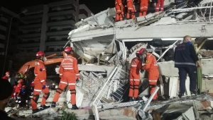 İzmir Depreminde Can Kaybı Artıyor!