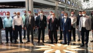 Kayseri Valisi Günaydın ve Ak Parti İl Başkanı Çopuroğlu Kumsmall AVM'de inceleme yaptı!