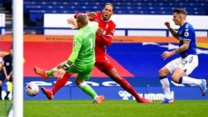 Liverpool'da Van Dijk şoku yaşanıyor!