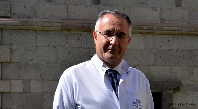 Prof. Dr. Büyükçelik: Meme kanserinde erken teşhis önemli!