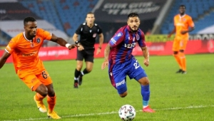 Trabzonspor kendi sahasında Başakşehir'e boyun eğdi!