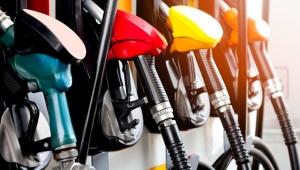 Benzin fiyatlarına çok sağlam indirim!