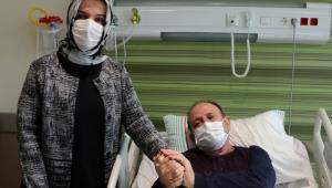 Kayseri'de, Koronavirüsü yenen eczacı, eşine refakatçi oldu!
