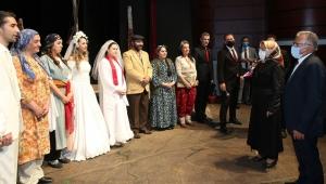 Kayseri Devlet Tiyatrosu 'Perde' Dedi!