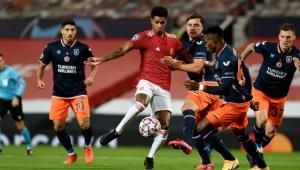 Şampiyonlar Ligi'nde Medipol Başakşehir, Manchester United'a boyun eğdi!
