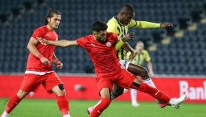 Ziraat Türkiye Kupası'nda, Sivas Belediyespor'u farklı geçen Fenerbahçe üst tura çıktı!