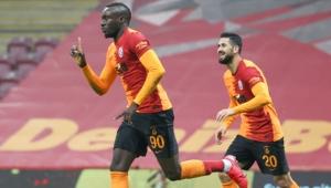 Galatasaray sahasında Hatayspor'u rahat ve farklı geçti!