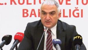 Kültür ve Turizm Bakanı Ersoy Sanatçılara 1000'er lira verileceğini açıkladı!