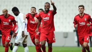 Beşiktaş kupada Rizespor'u Larin'den gelen tek golle geçti!