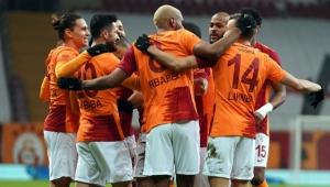 Galatasaray Denizlispor maçıyla moral tazeledi!