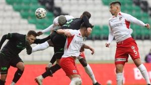 Gaziantep'i eleyen Konyaspor çeyrek finaldeki yerini aldı!
