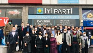 İYİ Parti Kayseri Teşkilatına 162 kişi daha üye oldu!